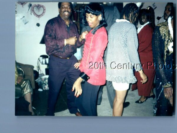 FOUND COLOR PHOTO O1096 BLACK MAN DANCING WITH PRETTY WOMAN