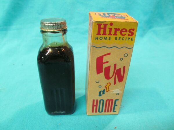 VINTAGE HIRES ROOT BEER EXTRACT BOTTLE IN BOX