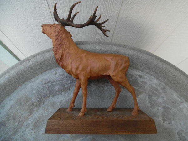 ANTIQUE BLACK FOREST SWISS WOOD CARVING OF A MAJESTIC STAG DEER