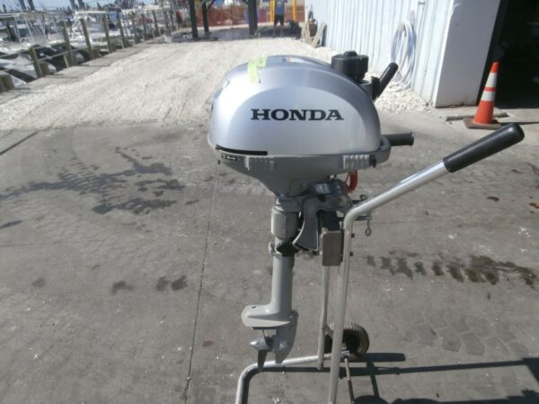 Used 2015 Honda Outboard 2.3 hp 15quot; shaft 4 stroke m n BF2.3DHSCH $595.00