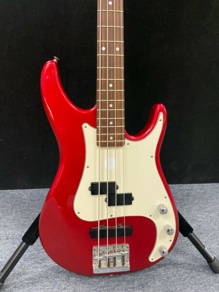 Peavey Forum Plus 4 String Active Bass. USA made. 1994. Candy Apple Red
