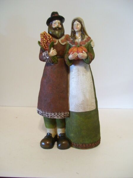 RESIN THANKSGIVING DINNER PILGRIMS BURLAP LOOK CLOTHING AUTUMN DECORATION