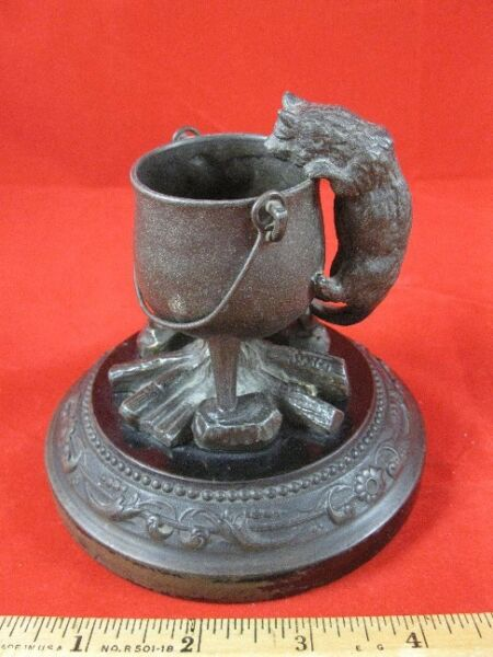 Cat and Cauldron Decorative Figure (fireplace spill holder)