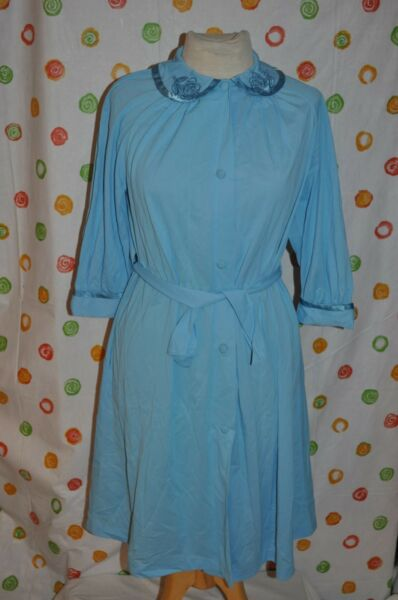 Vintage Women`s 32 SEXY SEARS ROBIN EGG BLUE belted 34 sleeve robe USA made