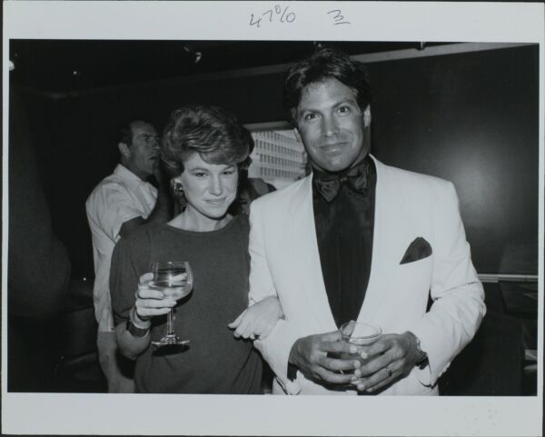 Richard Fishoff (Producer) Mary Kay Place ORIGINAL PHOTO HOLLYWOOD Candid