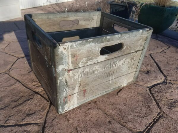 Vintage Wooden Milk Crate United Dairies Inc Detroit Michigan 1958 58 MI