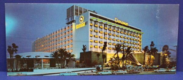 Vintage Unused Postcard Diplomat Hotel Hallandale Beach Florida 1950s
