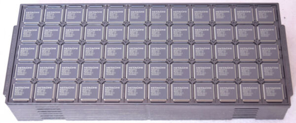 428 Count Hitachi Microprocessor Chips MD6D0013 MOURI FP 5K0944A0