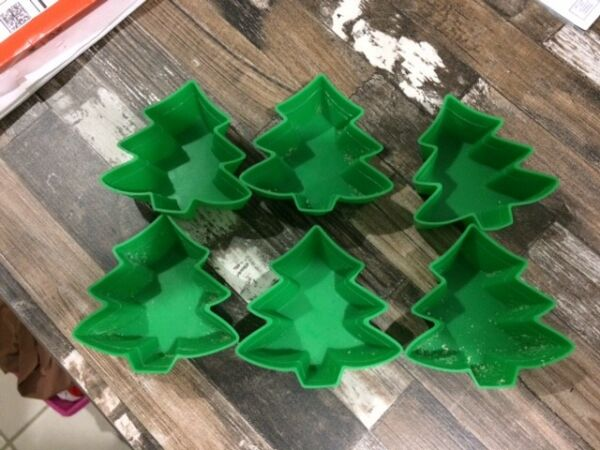 6 CHRISTMAS TREE Silicone BAKING MOLDS Brand Castle COOKIES Holiday Muffins