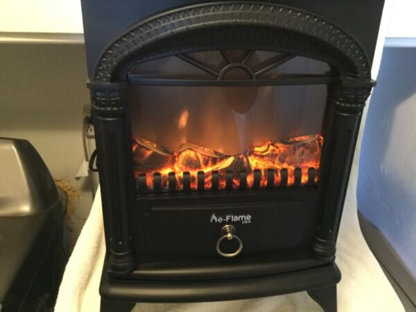 Electric Fireplace-Indoor Freestanding Space Heater with Faux Log and Flame E...