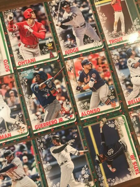 2019 Topps Holiday (Walmart)  Pick Your Player. Complete Your Set.