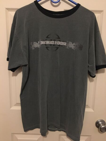 Mens Dark Gray With Black Print Budweiser Shirt Size Larg