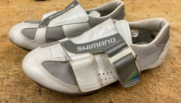 SHIMANO CARBON #SH R100 Cycle SHOES CLEATS in size 38 $20.00