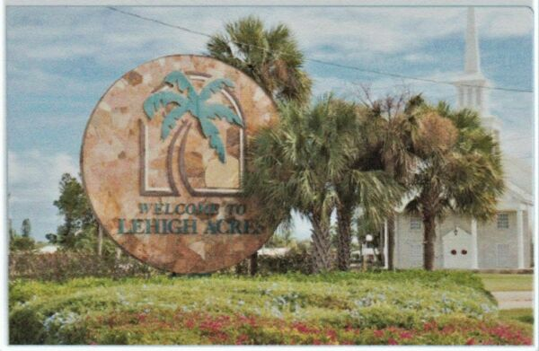 LEHIGH ACRES, FLORIDA - BUILDABLE SUBDIVISION LOT - NO MINIMUM - NO RESERVE