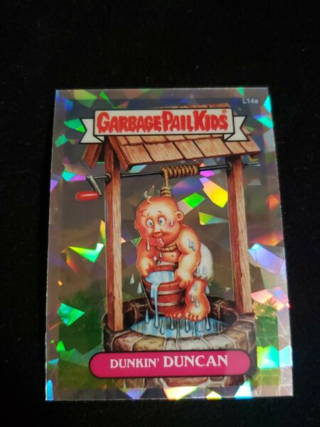 2013 GARBAGE PAIL KIDS CHROME 1 LOST L14a DUNKIN DUNCAN ATOMIC REFRACTOR