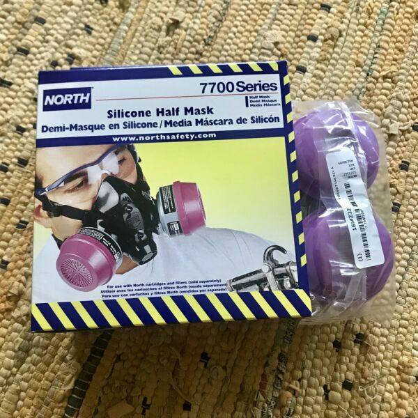 North Safety•Silicone Half Mask•7700 Series (Medium) •Cartridges Included •