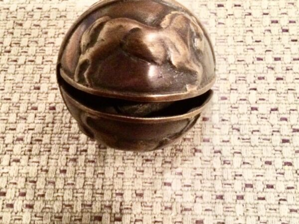 Large sleigh bell running horse crotal $45.00