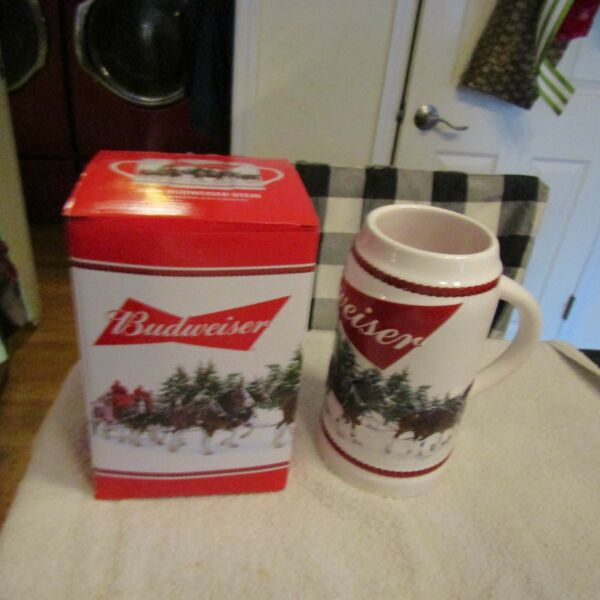 2016 Budweiser Anheuser Busch Holiday Stein Limited Edition New In box w COA NIB
