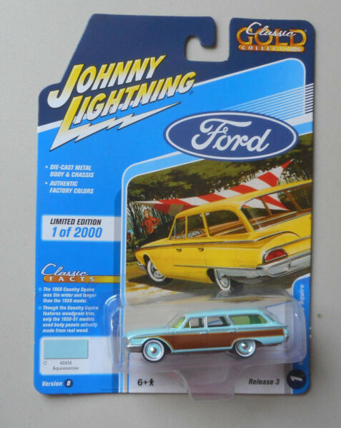 1960 Aquamarine Ford Country Squire JOHNNY LIGHTNING DIE CAST 1:64