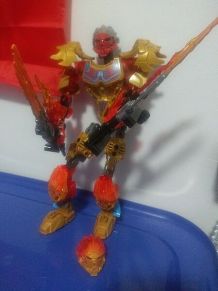 READ DESCRIPTION LEGO Bionicle Tahu Uniter of Fire Set 71308 No Box