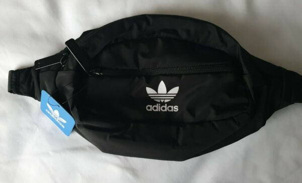 ADIDAS ORIGINAL BLACK WHITE WAIST FANNY PACK TRAVEL BAG. BRAND NEW