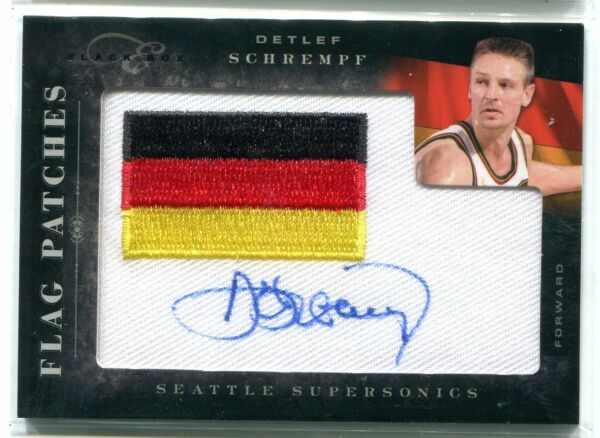 2010 11 Panini Black Box Elite Detlef Schrempf Flag Patch AUTO 27 149 SONICS