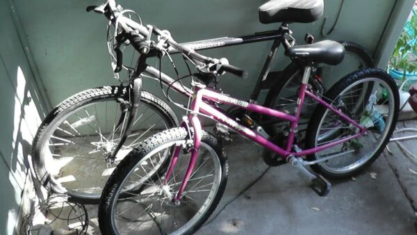 2 Vintage Specialized Mountain Bikes Rock Hopper Mens And Womens Early #x27;90s Rare $1124.99