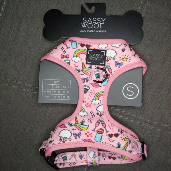 Sassy Wolf Dog Harness Size Small Neck 14 19 IN Girth 16 21 IN Pink New $24.95
