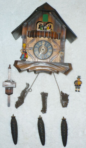 VINTAGE GERMAN BLACK FOREST CUCKOO CLOCK CUCKOO CLOCK MANUFACTURING COMPANY