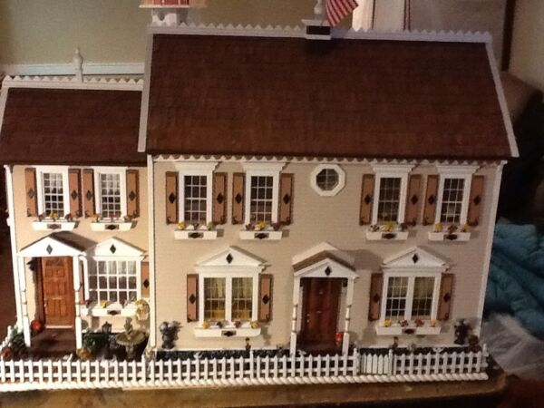 FULLY BUILT. WOODEN DOLL HOUSE (Liana's Place)HANDMADE of wood 1:12 scale