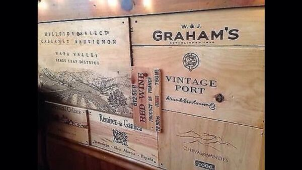 25 Assorted BRANDED WINE PANELS.  CRATE Box SIDE End Tops  Wood Diff. Sizes