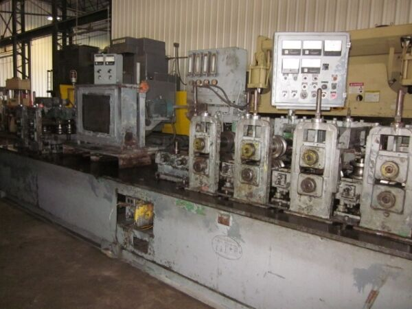 YODER M 2.5 STAINLESS STEEL TUBE MILL  9 STAND 2.5