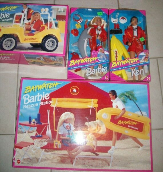 Lot of 3 Baywatch Barbie Rescue Station - Jeep & 1994 Rescue Boat