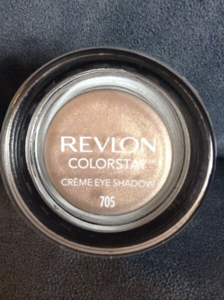 REVLON COLORSTAY CREME CREAM EYE SHADOW #705 CREME BRULEE - NEW AND SEALED