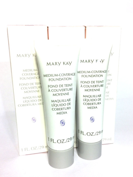 MARY KAY MEDIUM COVERAGE FOUNDATION~GRAY/PINK CAP~NORMAL & OILY SKIN~CONTROL OIL
