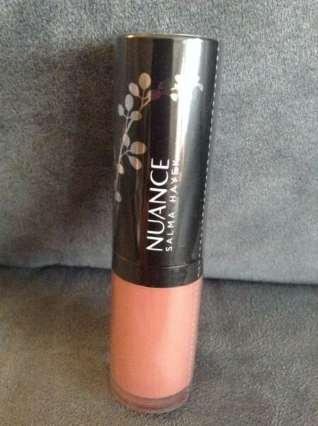 NUANCE SALMA HAYEK PLUMPING LIQUID LIPSTICK #700 NUDE NECTAR - NEW AND SEALED