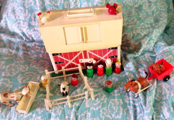 VtG Fisher Price Little People Farm Family Wood Barn #915 Animals + More *WoW*