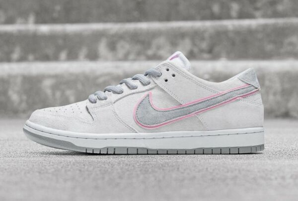 Nike SB Zoom Dunk Low Pro IW White Pink Silver New Men's