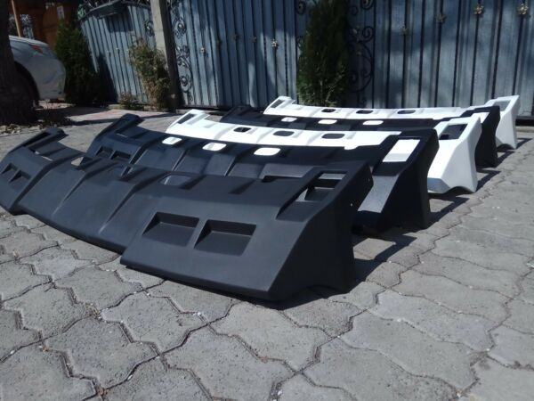 visor on the roof for Hummer H2 $550.00
