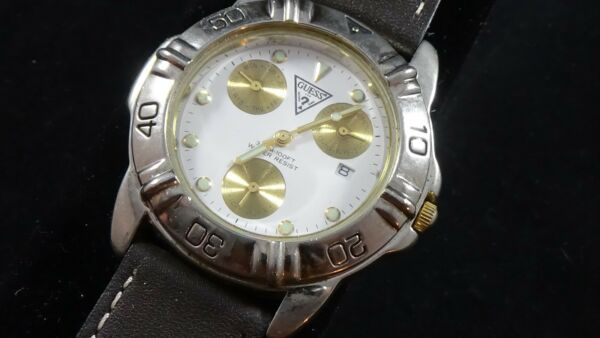 Vintage 1993 Mens 2toned Guess 3 register watch quartz