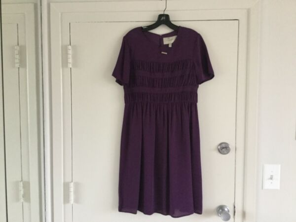 Burberry dress size ITA 44 new with tag $225.00