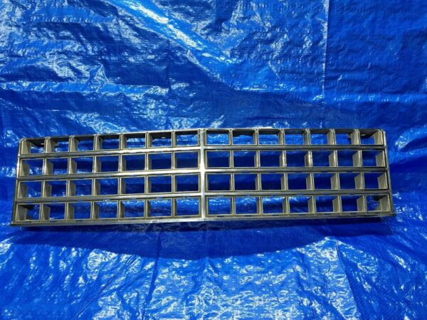 1976 1977 1978 1979 Cadillac Seville Factory Chrome Grille OEM