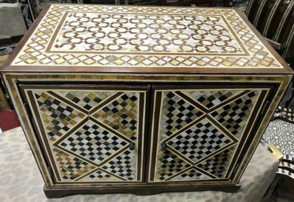Vintage Handmade Wood Inlaid Mother of Pearl & Real Tortoise Back Jewelry Box