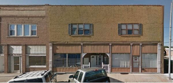 2 STORY BRICK COMMERCIAL BUILDING UP FOR AUCTION WITH NO RESERVE!