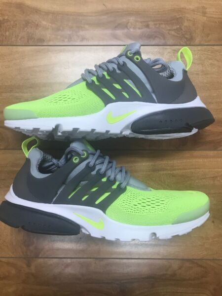 NEW 898020-004 MENS Size 8 NIKE AIR PRESTO  SNEAKERS ULTRA WOLD GREY/GREEN/WHITE