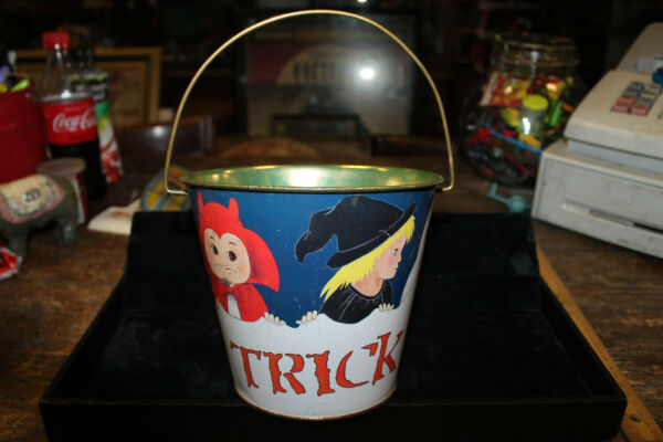 1986 Metal Halloween Trick Or Treat Pail Bucket United China and Glass Co Jeanne