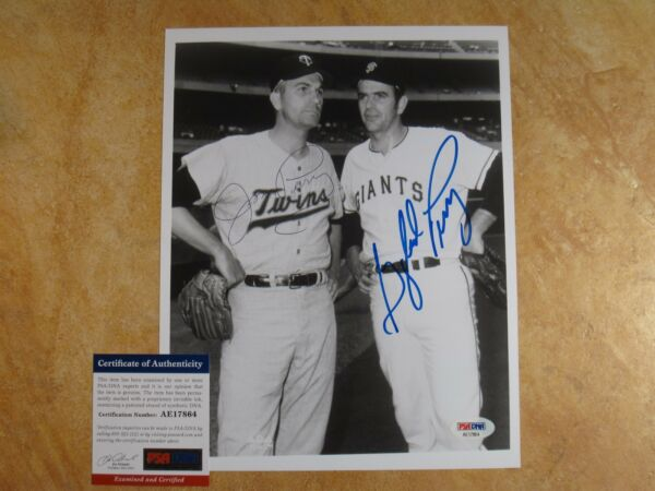 GAYLORD PERRY JIM PERRY DUAL SIGNED AUTOGRAPHED B&W 8X10 PHOTO GIANTSTWINS PSA