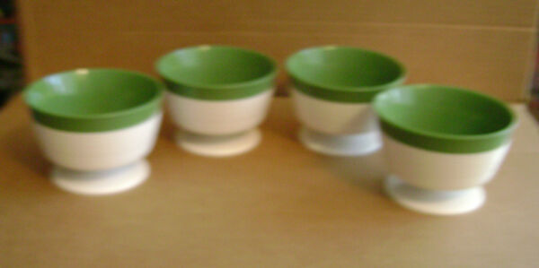 Vintage Raffiawear Raffia Wear Thermo Temp Mid Century 4 Green Footed Bowls sa