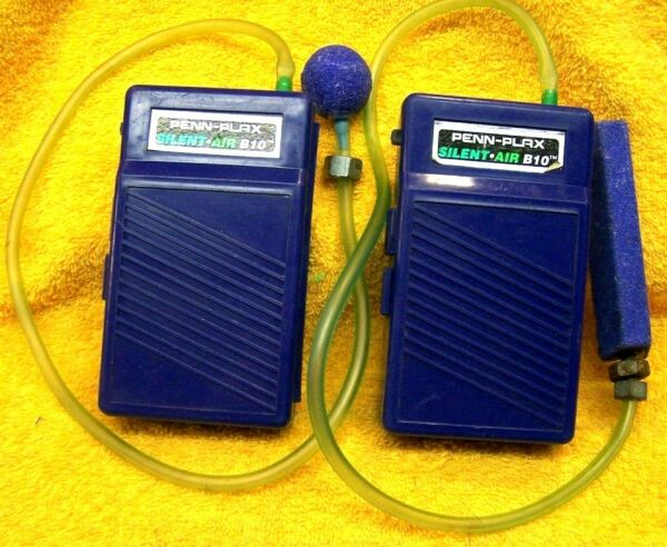 Lot of TWO Used Penn-Plax Battery Powered Bait PailCooler Bubble Aerators