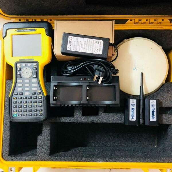 Used trimble R6 model 2 GPS with TSC2 data controller for sale